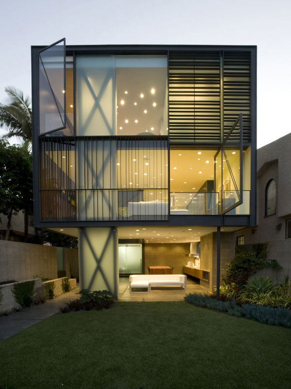 sustainable home1 Think Green: 10 Best Sustainable Homes of 2010