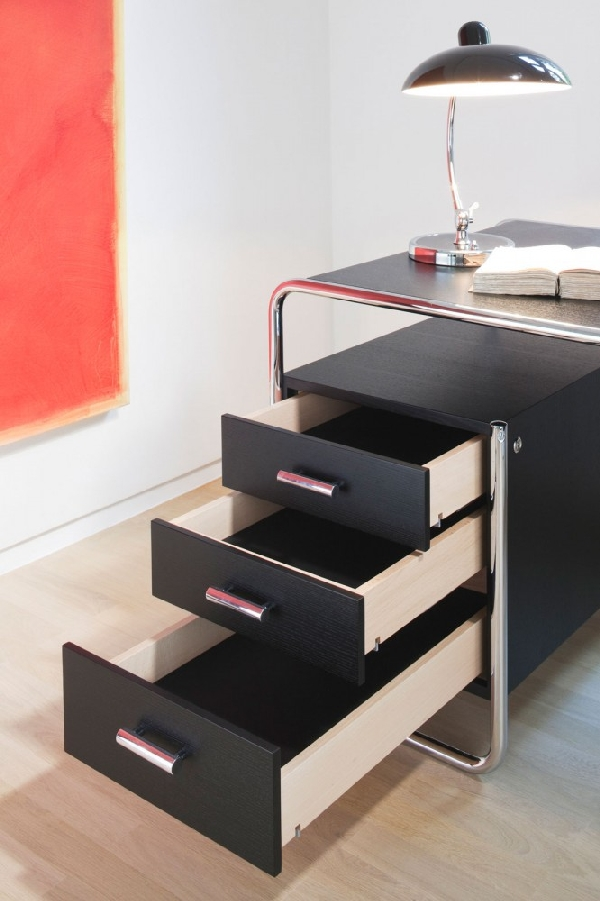 1295893736 black2 666x1000 A Minimalist Furniture Collection Piece: The S 285 Desk by Marcel Breuer