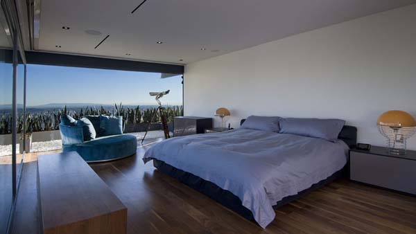 9010 Hopen House 18 Breathtaking Residence in the Hollywood Hills Featuring Stylish Interiors