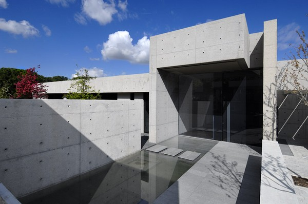 ACERO concrete homeFreshome09 One More Astounding Architecture Project by A cero: CONCRETE HOUSE I