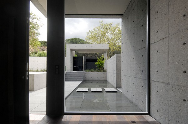 ACERO concrete homeFreshome16 One More Astounding Architecture Project by A cero: CONCRETE HOUSE I