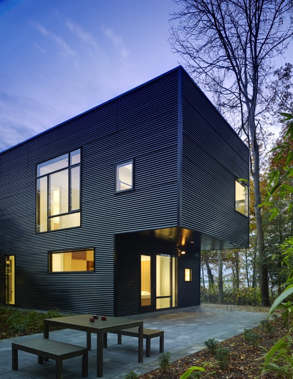 Lujan House Freshome15 Tranquility of a Waterfront Residence: The Lojan House in Delaware