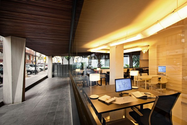 Pablo Serrano 03 Fresh and Modern Office Studio by Dom Arquitectura