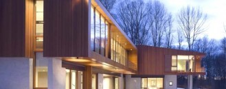 Modern Architectural Masterpiece Inspired by a Historic Covered Bridge