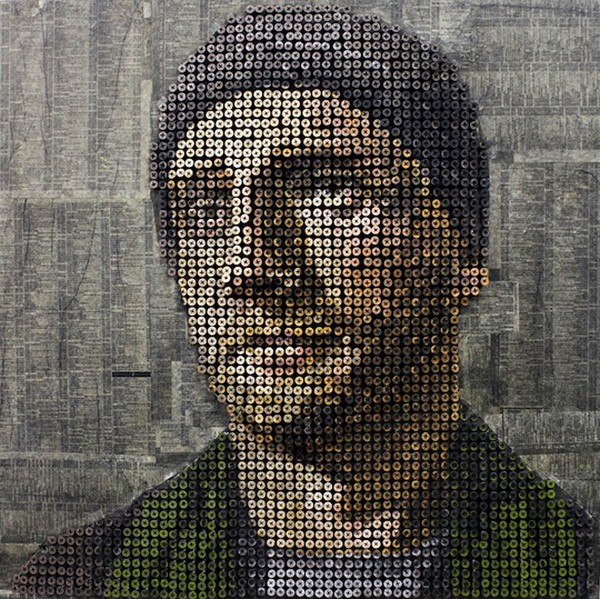 portraits Freshome 02 Drilling Thousands of Screws for Unusual 3D Mural Portraits
