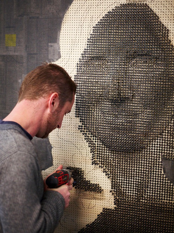 portraits Freshome 09 Drilling Thousands of Screws for Unusual 3D Mural Portraits