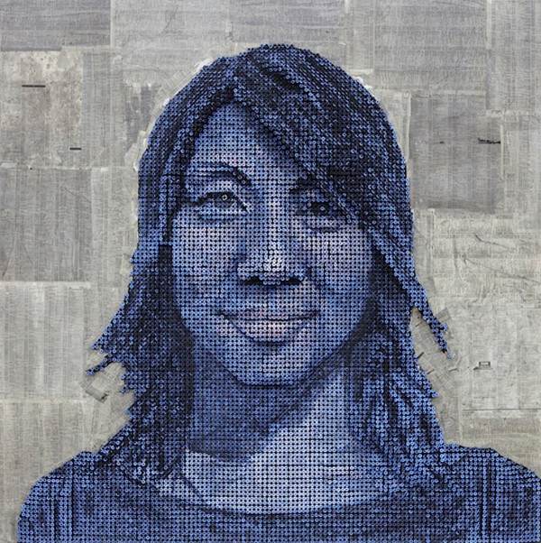 portraits Freshome 11 Drilling Thousands of Screws for Unusual 3D Mural Portraits