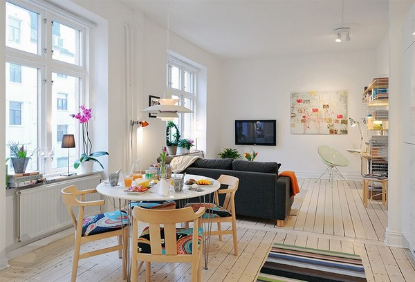Well Planned Small Apartment with an Inviting Interior ...