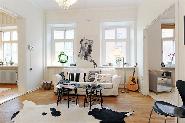 Charming Turn Of The Century Duplex With Modern Decorations