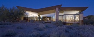 Remote, Modern and Impressive: Desert Wing Residence in Arizona