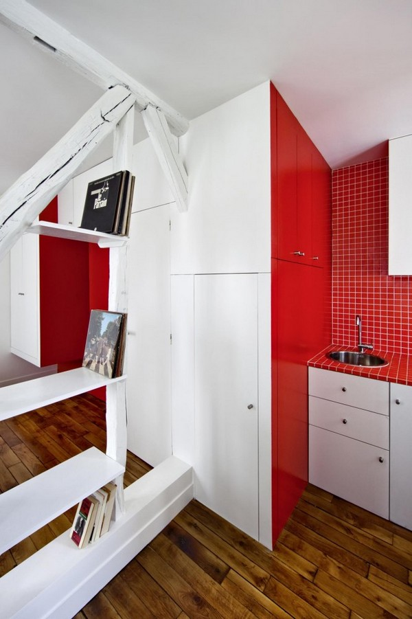 montmatre apartment Freshome 042 Surprisingly Small Apartment in Paris with a Charming Red&White Interior