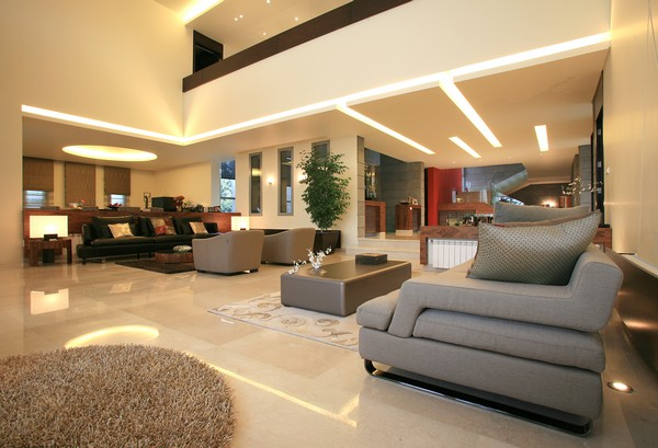 villa Freshome 16 Contemporary Residence in Lebanon Surrounded by Fountains and Palm Trees