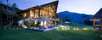Luxurious Hideaway: Villa Mayana in Costa Rica