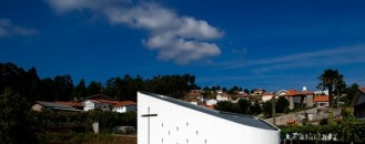 Small Place of Meditation: Santa Ana's Chapel in Portugal