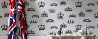 Celebrating the Royal Wedding: Crowns and Coronets Wallpaper