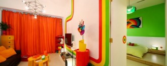 Fresh Apartment with Vivid Colors in Hong Kong :The RAINBOW House