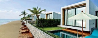 Luxurious Thailand Resort Featuring Beachfront Villas and Suites