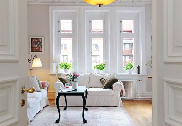 How to Buy Furniture for Short-term Living Spaces