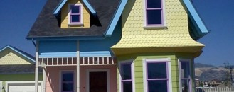 Cartoony Architecture: Life-Sized Replica of Pixar's UP House for Sale ! [Video]