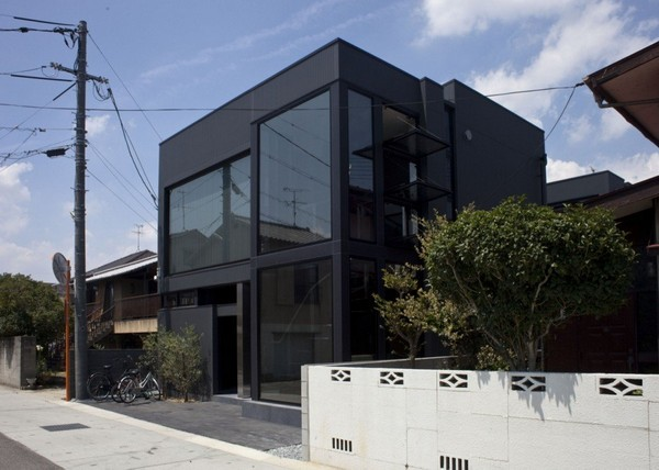 Modern Japanese Architecture At Its Best Black Slit House