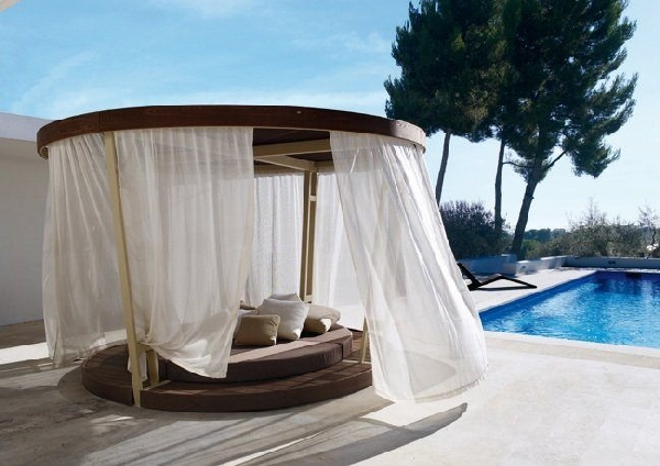 Freshome.com & 30 Outdoor Canopy Beds Ideas for a Romantic Summer ...