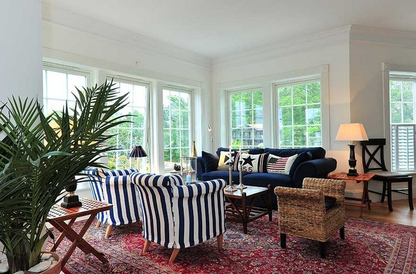 Scandinavian Waterfront Home Displaying a Charming New England Style ...