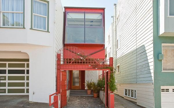Charming 10 Foot Home With an Exceptional Layout in San Francisco
