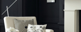 30 Exquisite Black Wall Interiors for a Modern Home