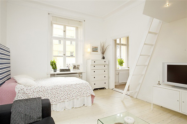 Cosy Apartment With Just Enough Space For Everything