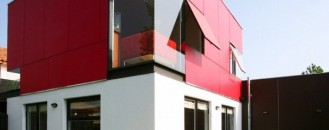 Hairdresser Shop and Residence In One Colorful Building: Casa Sasso