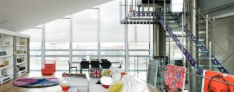 The Ultimate Modern Crib: Roger's Penthouse in London