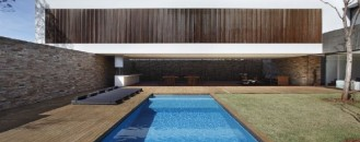 Modern Residence Showcasing a Seemingly Unstable Architecture : SN House in Brazil