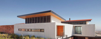 Modern Architecture Adapted to the Chihuahuan Desert Climate: Casa Camino