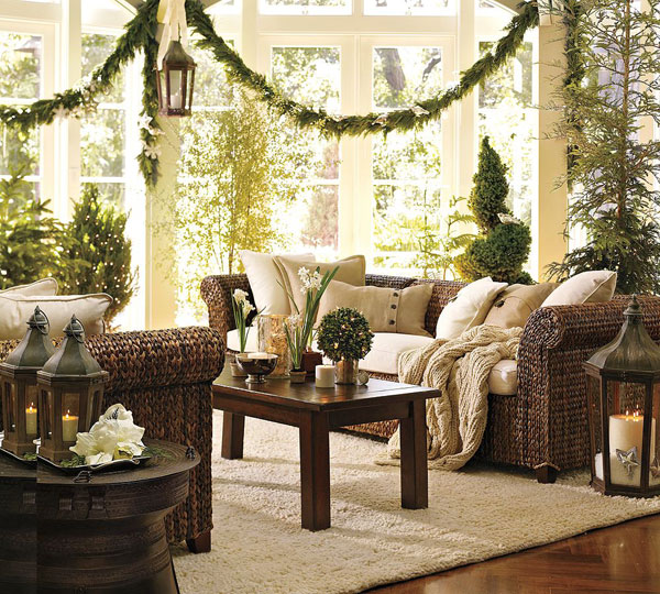 33 christmas decorations ideas bringing the christmas spirit into rh freshome com Rooms Decorated for Christmas Homemade Rooms Decorated for Christmas Farmhouse