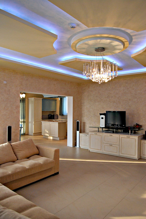 MODERN CEILINGS WITH HIDDEN LIGHTING FEATURES BY IRENA