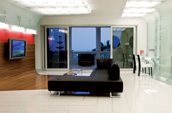 Modern Apartment Layout in Spain by MO..OW design