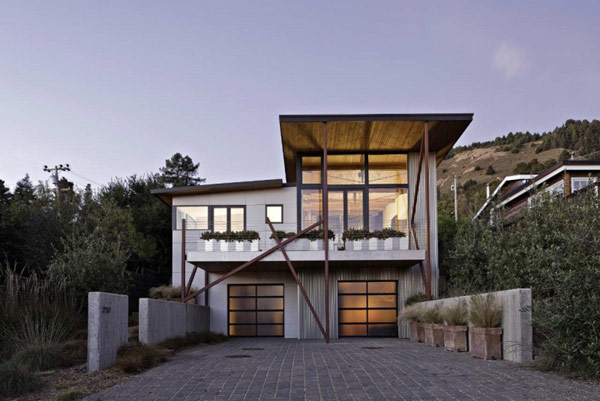 Sustainable Residential Project in California: Stinson Beach House