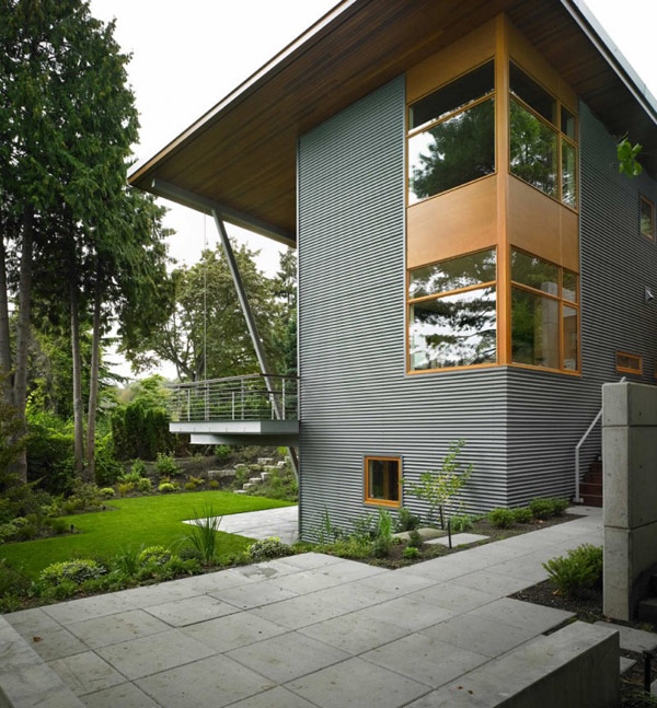 Modern Nature Retreat Overlooking Lake Washington: Leschi Reisdence
