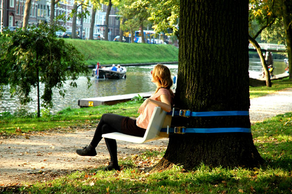 Practical Urban Furniture: Mobile Tree Bench by Rogier Martens