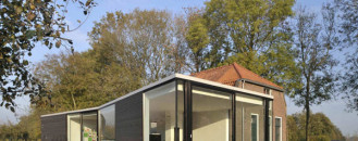 Interesting Architecture Duo: Modern Extension to Small Farmhouse in the Netherlands