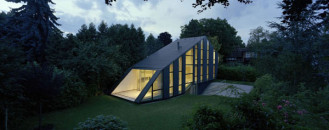Unusually Shaped Modern Dwelling Flaunting Flexibility