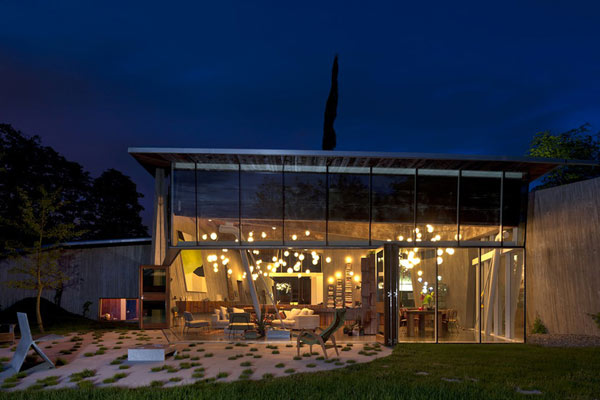 Unfolding Architecture Defined By Salvaged Douglas Fir Beams