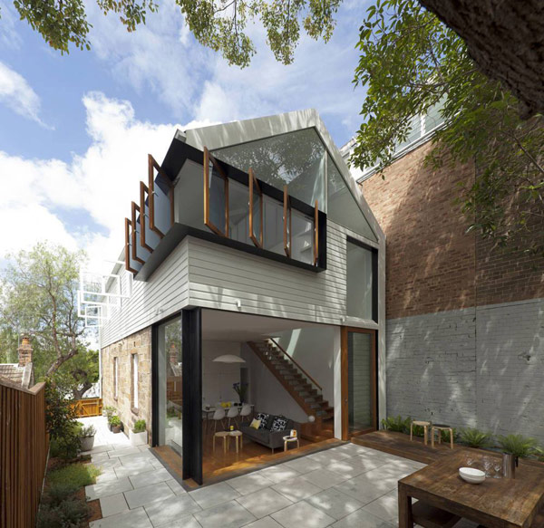 Typical Australian House: Inviting Home In Australia Cleverly Combining Traditional