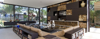Raw Materials And Brilliant Textures Displayed In Loft 24-7