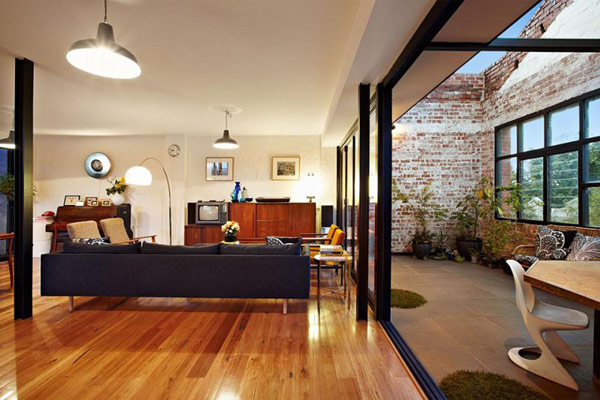 Impressive Warehouse Conversion in Melbourne, Preserving Inspiring Details