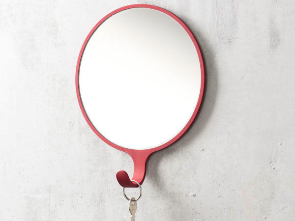 Minimalist Orion Mirror Integrating Charming Coat Hanger