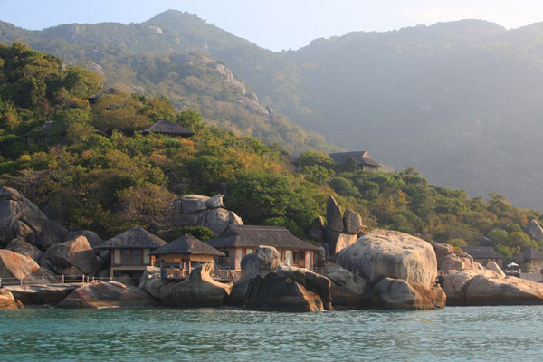Architectural Style Reflecting the Traditions of Vietnam: Ninh Van Bay Resort