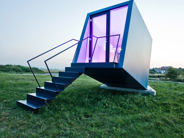 Mobile Hypercubus Hotel Room Can Reinvent the Accommodation Industry  [Video]