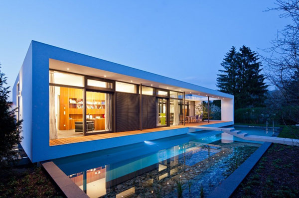 Inspiring Modern Architecture Literally Framing its Environment: C1 House