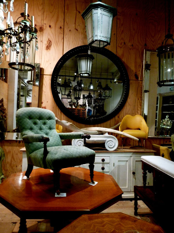 A Beginner\'s Guide to Using Antiques in your Home | Freshome.com